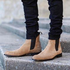 42e4dd34c0f7a5b57b57775629df572c--leather-chelsea-boots-xena