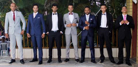 homens de terno