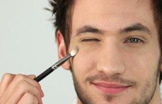 man-makeup-2-620x400